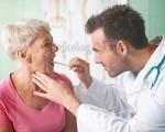 Рак горла у женщин: симптомы и признаки на ранних стадиях, лечение и прогноз