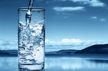 Употребление большого количества воды!